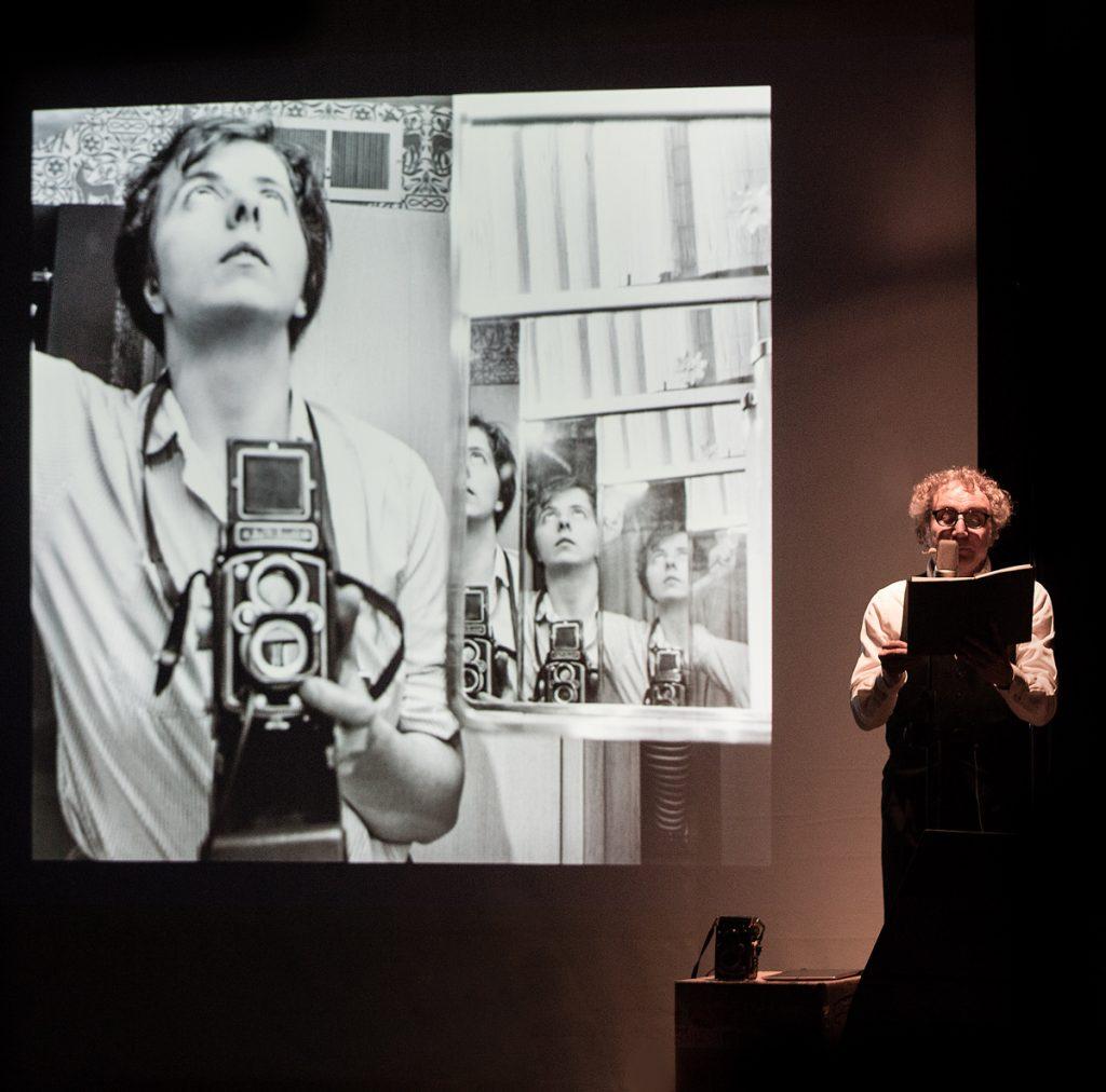 Roberto Carlone legge il diario di Vivian Maier
